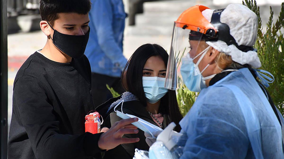 Alertan sobre alta positividad de testeos en la ciudad de La Plata