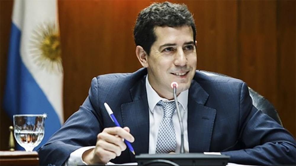 De Pedro y otros ministros pusieron su renuncia a disposición del Presidente